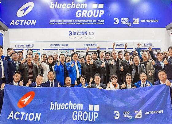 Gruppenfoto bluechemGROUP, PRO-TEC, bluechem, AUTOPROFI auf der Automechanika Shanghai